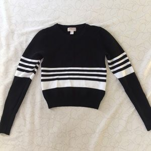 FOREVER 21 CROP TOP SWEATER